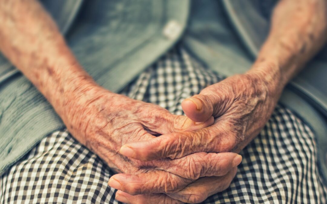How To Reduce Loneliness In Old Age
